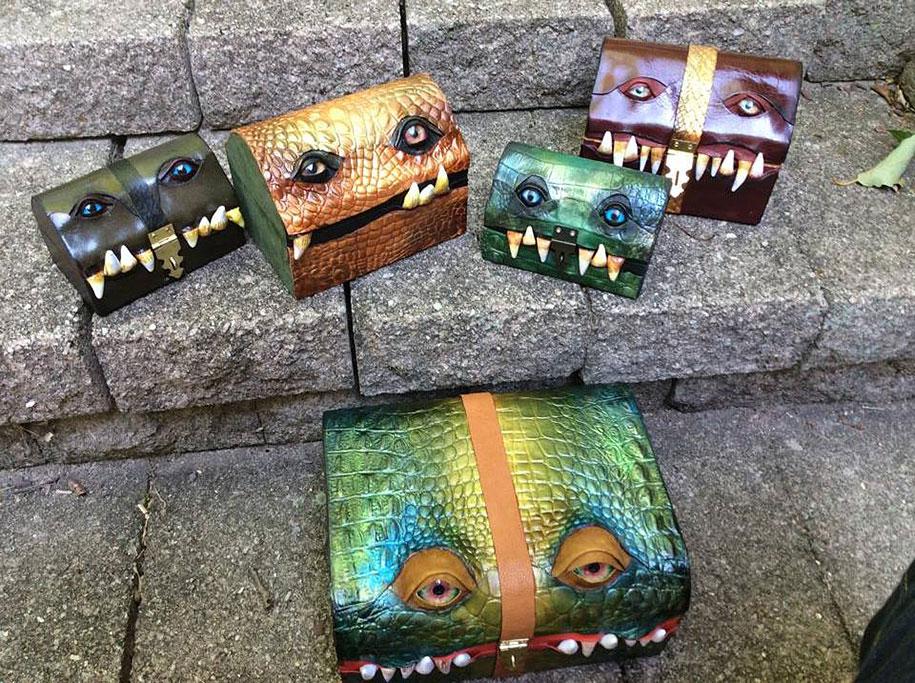 handmade-leather-box-mimic-monster-box-mellie-z-pennsylvania-01