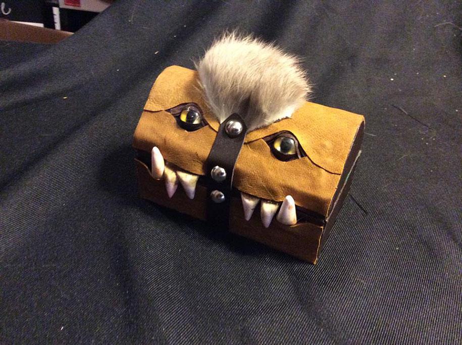 handmade-leather-box-mimic-monster-box-mellie-z-pennsylvania-04