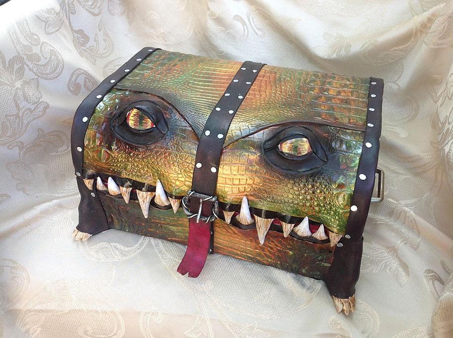 handmade-leather-box-mimic-monster-box-mellie-z-pennsylvania-05