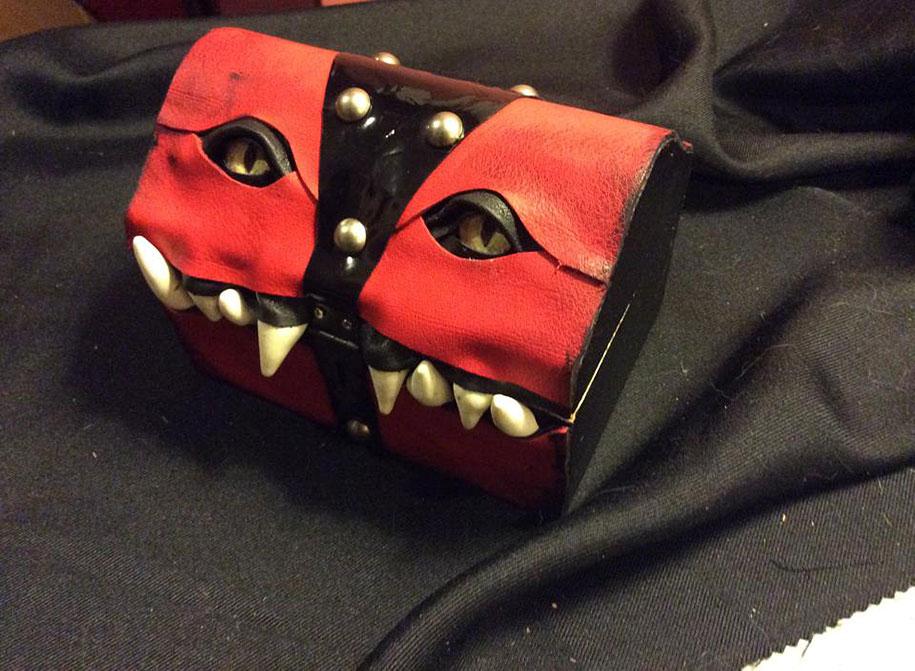 handmade-leather-box-mimic-monster-box-mellie-z-pennsylvania-11