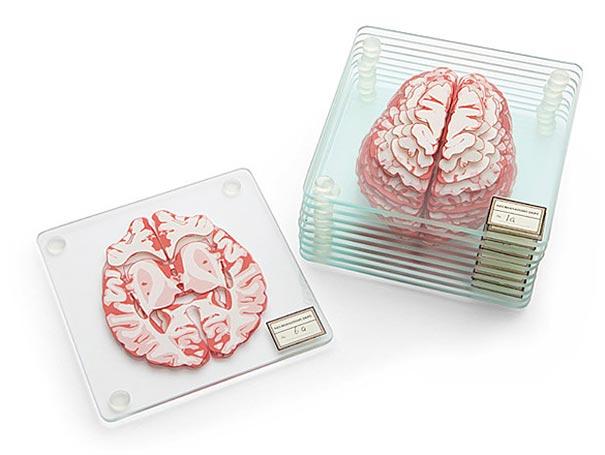 nerd-party-brain-specimen-coasters-thinkgeek-01