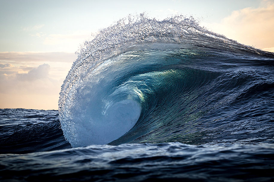 ocean-photography-waves-water-light-warren-keelan-03