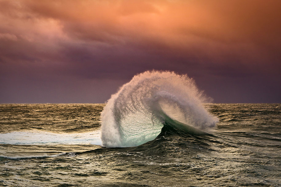 ocean-photography-waves-water-light-warren-keelan-05