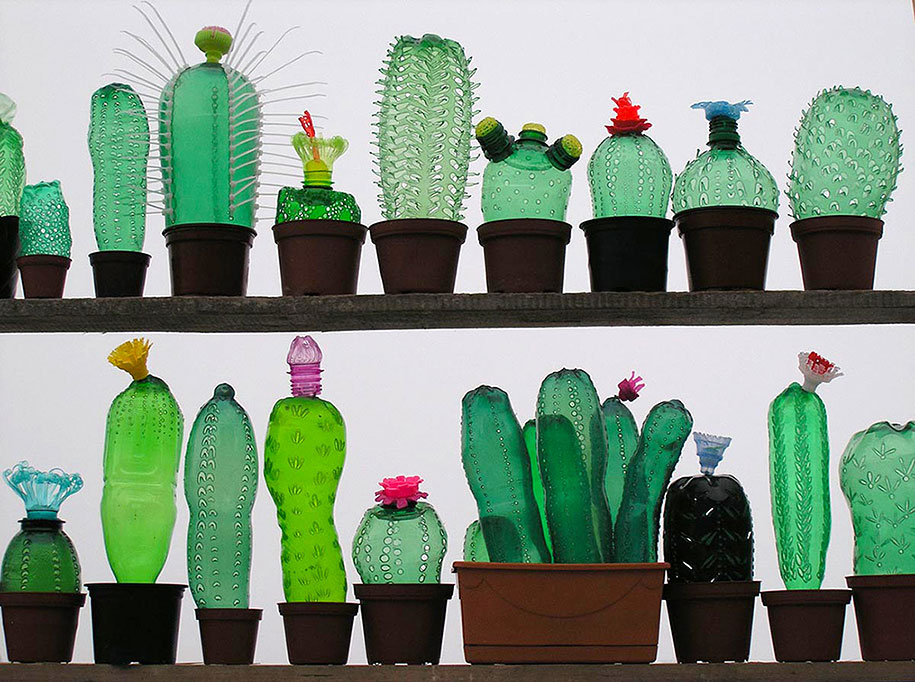 plastic-bottle-sculpture-pet-art-veronika-richterova-12