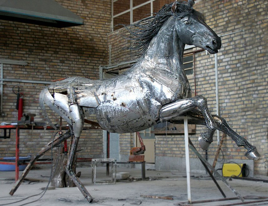 scrap-metal-steampunk-animal-sculpture-hasan-novrozi-21