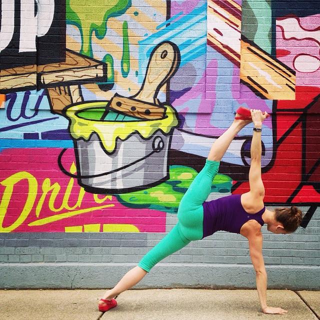 yoga-poses-street-art-graffiti-soren-buchanan-81
