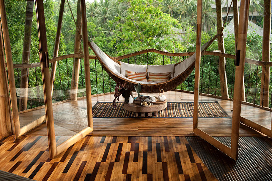 This Woman Builds Stunning Sustainable Homes From Bamboo In