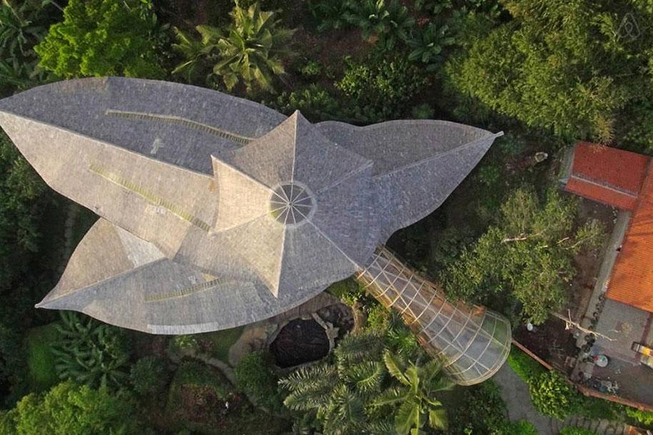 bamboo-house-ted-talk-sharma-springs-elora-hardy-ibuku-bali-3