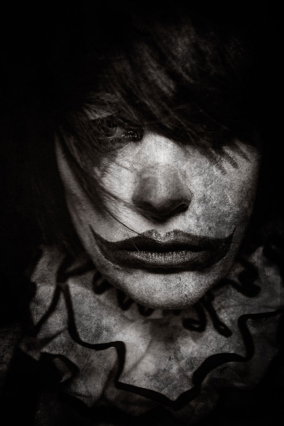 macabre-scary-clown-portraits-clownville-eolo-perfido-10
