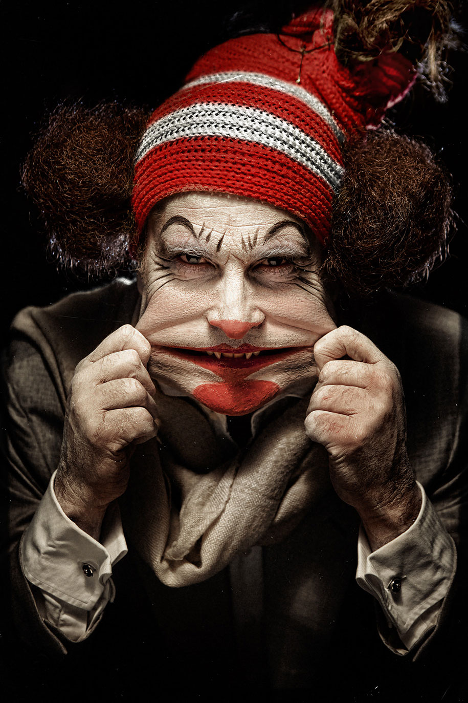 macabre-scary-clown-portraits-clownville-eolo-perfido-23