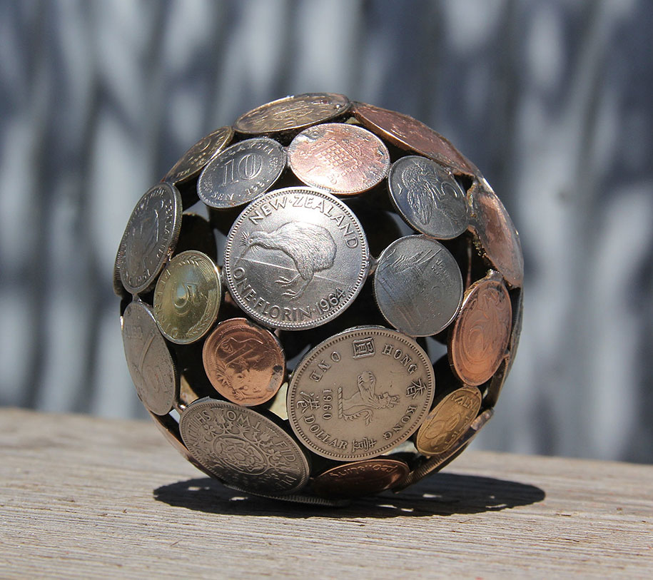 old-discarded-key-coin-sculptures-michael-moerkerk-moerkey-24
