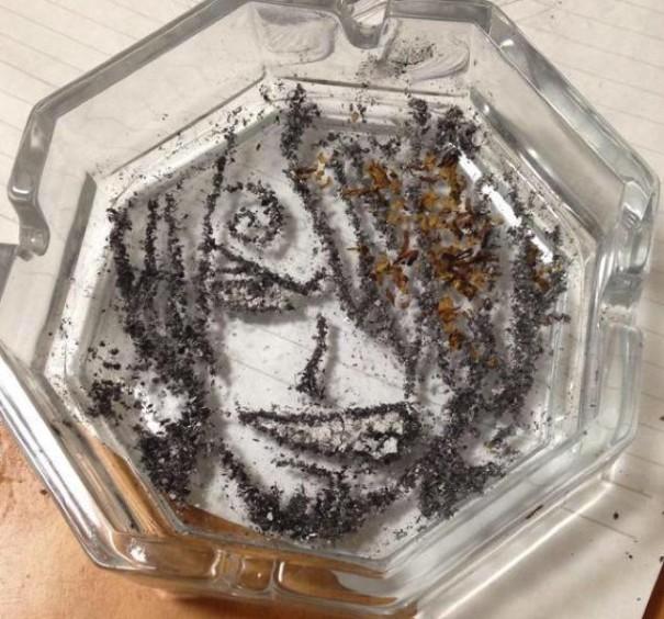 people-anime-portraits-cigarette-ash-art-shinrashinge-japan-5-605x5644