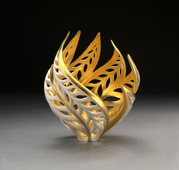 thrown-gilded-porcelain-ceramic-sculptures-vases-jennifer-mccurdy-25