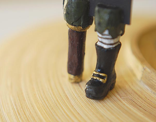 tiny-leg-bookmarks-olena-mysnyk-14