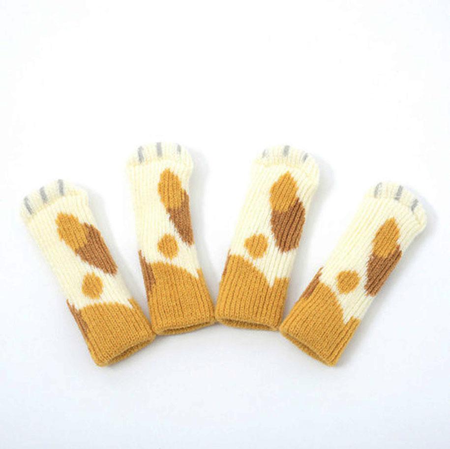 cat-furniture-nekoashi-chair-socks-japan-5