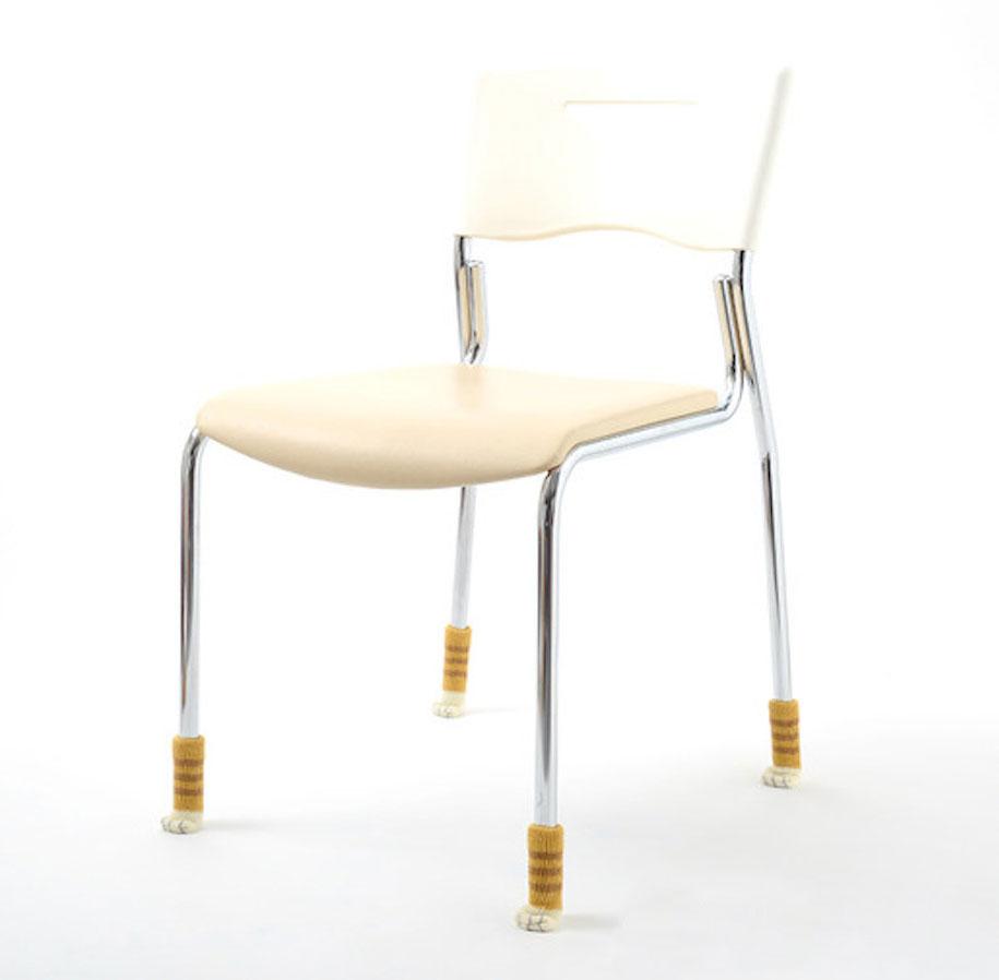 cat-furniture-nekoashi-chair-socks-japan-8