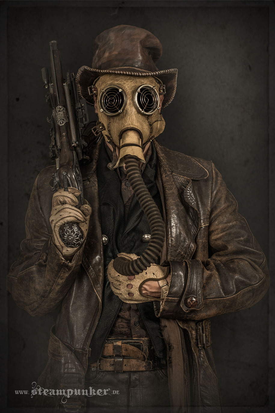 cosplay-costumes-steampunk-art-armor-clothing-alexander-schlesier-6