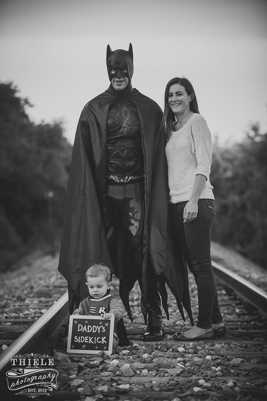 father-son-surprise-batman-robin-photoshoot-eric-thiele-18