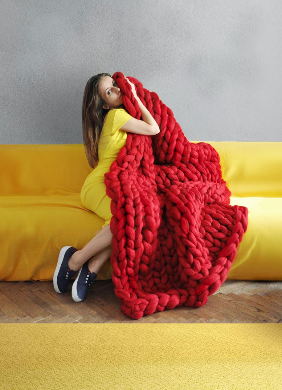 giant-super-chunky-wool-knitwear-blankets-anna-mo-26