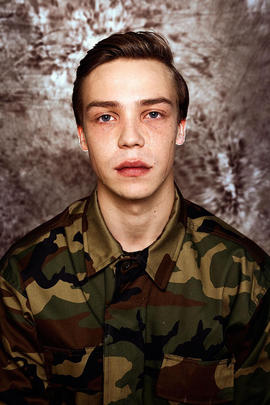 lithuanian-draft-conscription-men-portraits-neringa-rekasiute-beata-tiskevic-hasanova-11