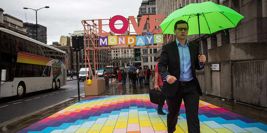 rainbow-london-bridge-love-mondays-spark-your-city-10