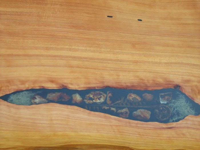 resin-sealife-wood-table-inlay-woodcraft-by-design-14
