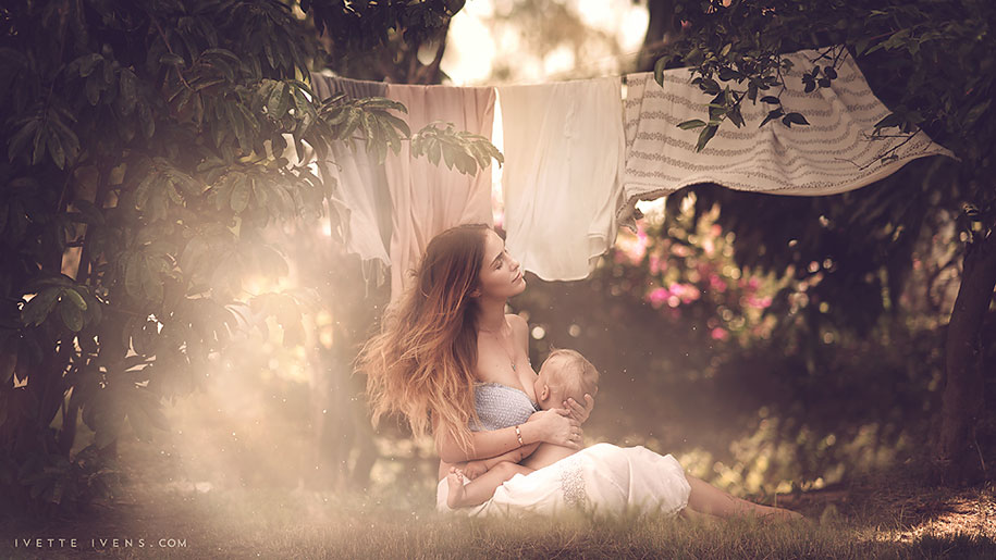 social-issues-family-photography-public-breastfeeding-goddess-ivette-ivens-3