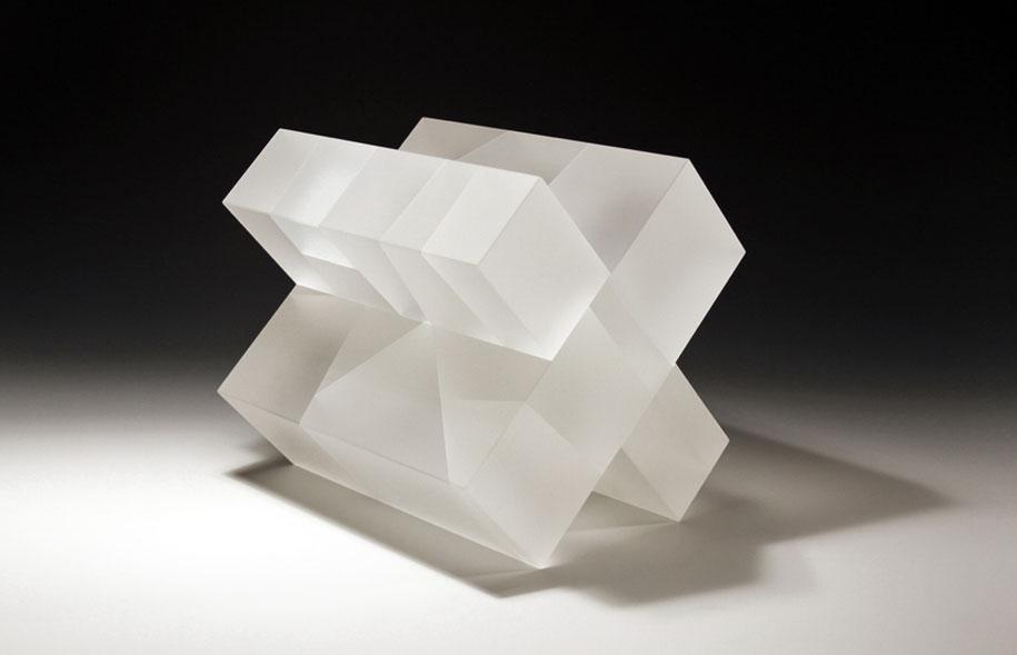 translucent-glass-sculptures-segmentation-jiyong-lee-13