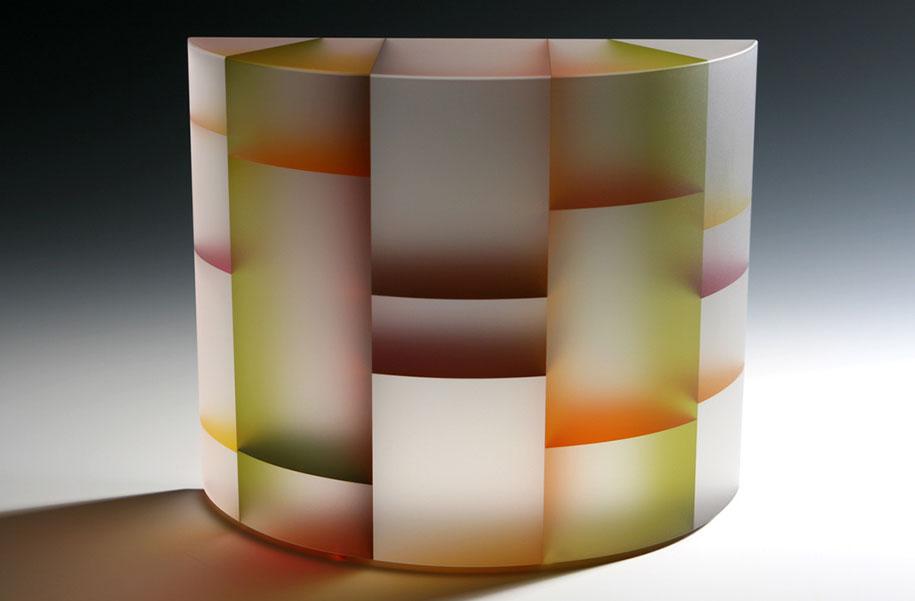 translucent-glass-sculptures-segmentation-jiyong-lee-3