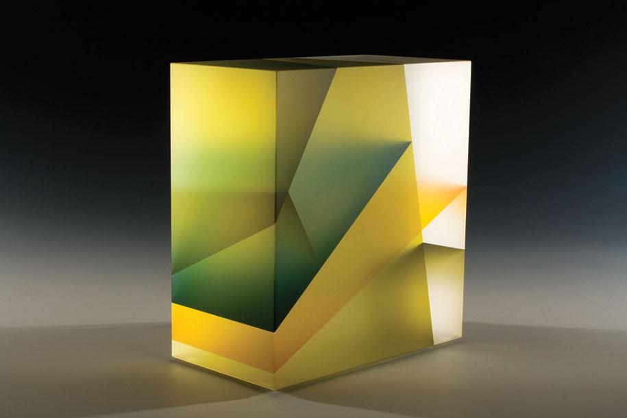 translucent-glass-sculptures-segmentation-jiyong-lee-4