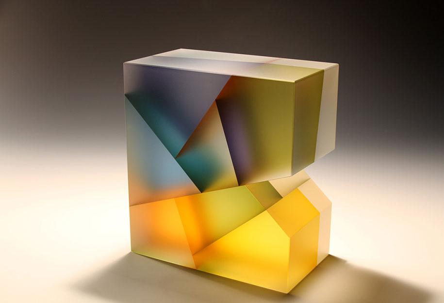 translucent-glass-sculptures-segmentation-jiyong-lee-7