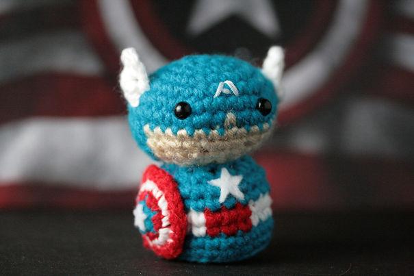 cute-diy-crochet-superheroes-geeky-hooker-16