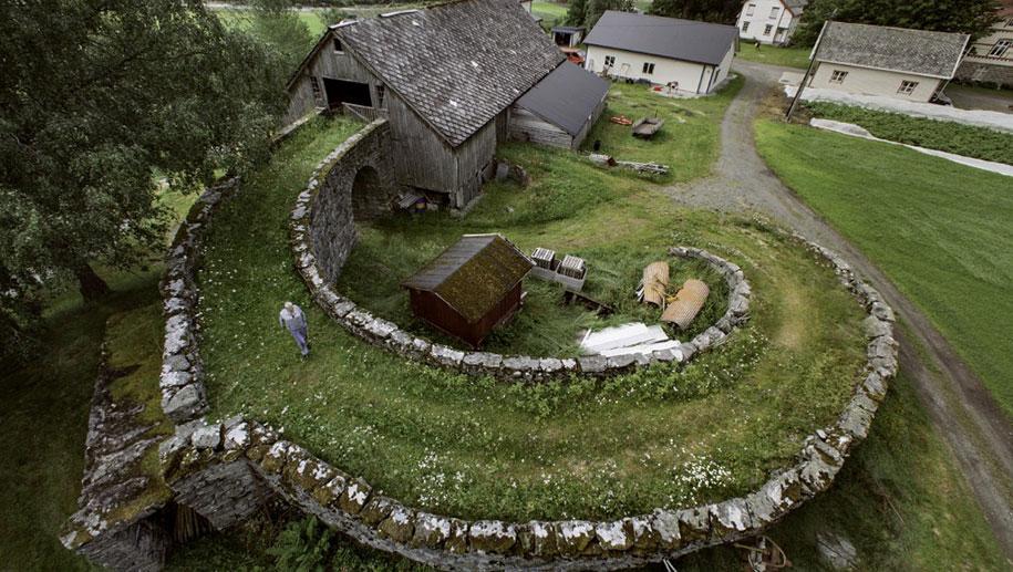 fairytale-photos-nature-architecture-buildings-norway-12