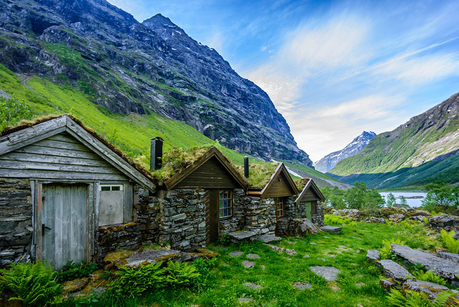 fairytale-photos-nature-architecture-buildings-norway-3