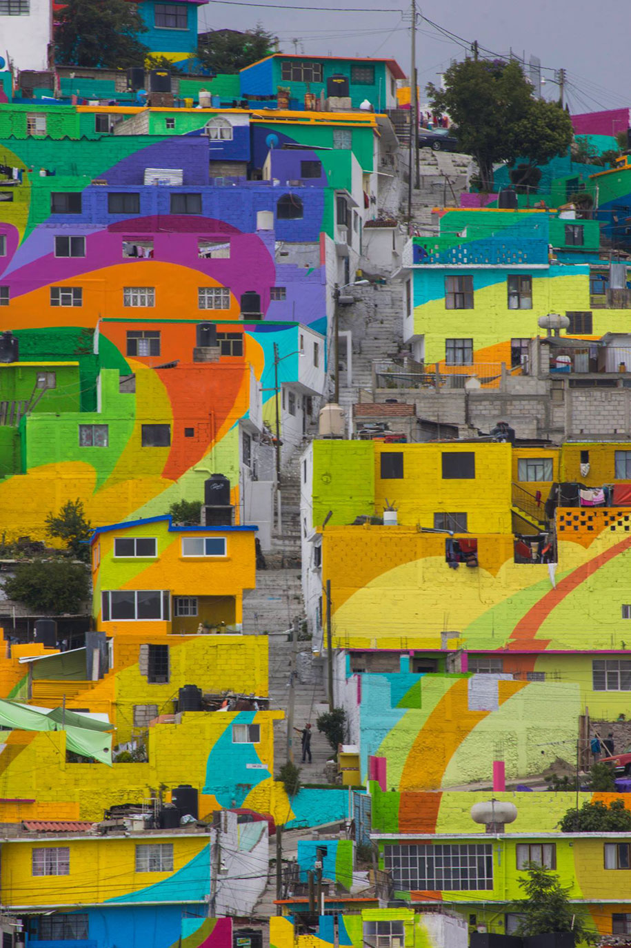 Mexican Government Let Street Artists Paint 200 Houses To