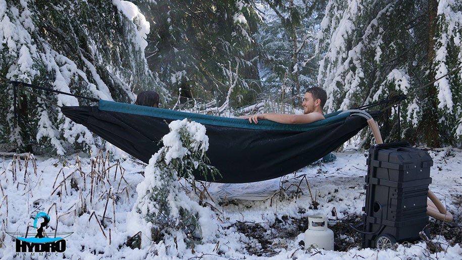 nature-outdoor-hot-tub-hydro-hammock-benjamin-frederick-5