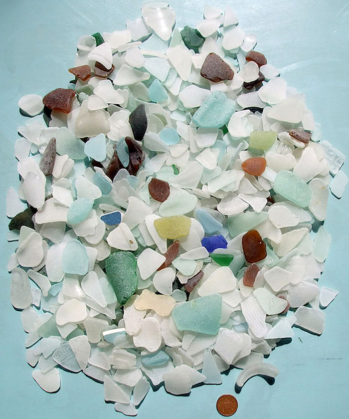 recycled-sea-glass-sculptures-jonathan-fuller-4