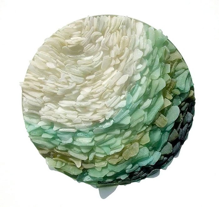 recycled-sea-glass-sculptures-jonathan-fuller-5
