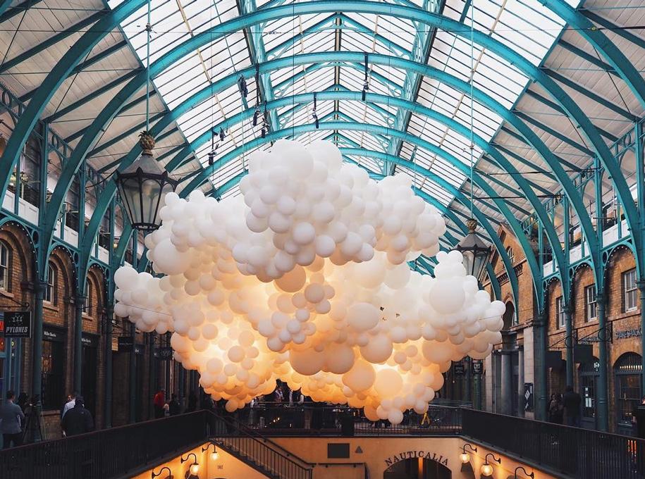100000-balloons-covent-garden-heartbeat-charles-petillon-14
