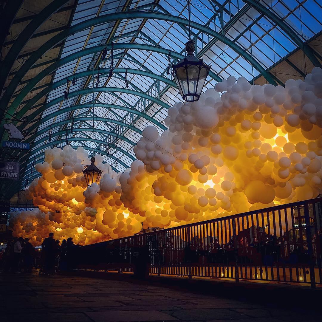100000-balloons-covent-garden-heartbeat-charles-petillon-21