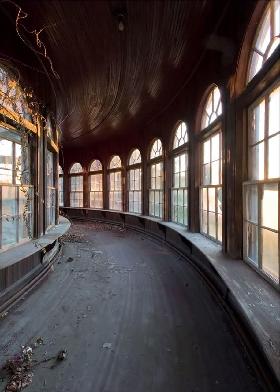 abandoned-mental-hospitals-asylums-jeremy-harris-18