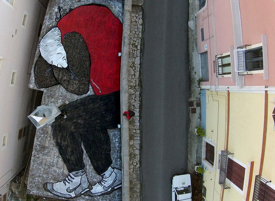giant-sleeping-rooftop-murals-ella-et-pitr-10