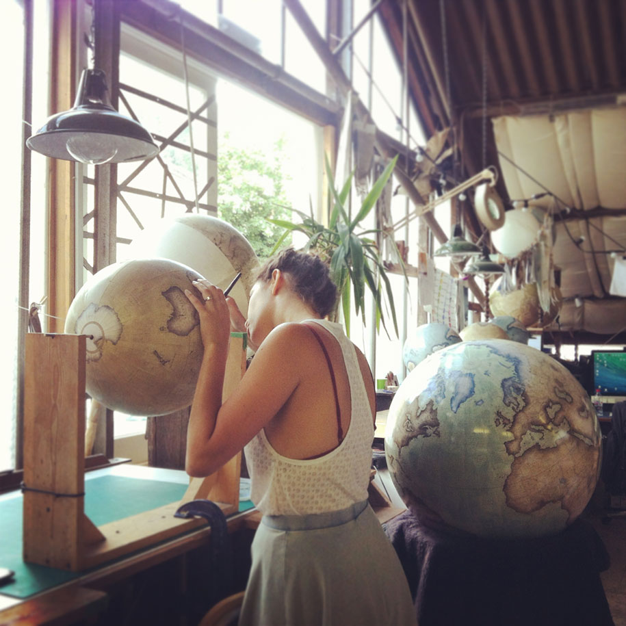 hand-made-classical-globes-peter-bellerby-globemakers-13