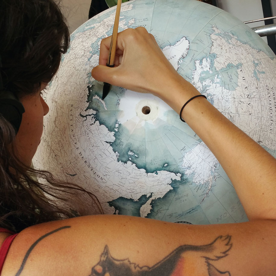 hand-made-classical-globes-peter-bellerby-globemakers-23