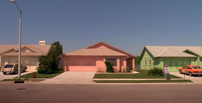 movie-locations-edward-scissorhands-suburb-now-then-pictures-voodrew-3