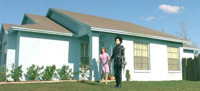 movie-locations-edward-scissorhands-suburb-now-then-pictures-voodrew-4