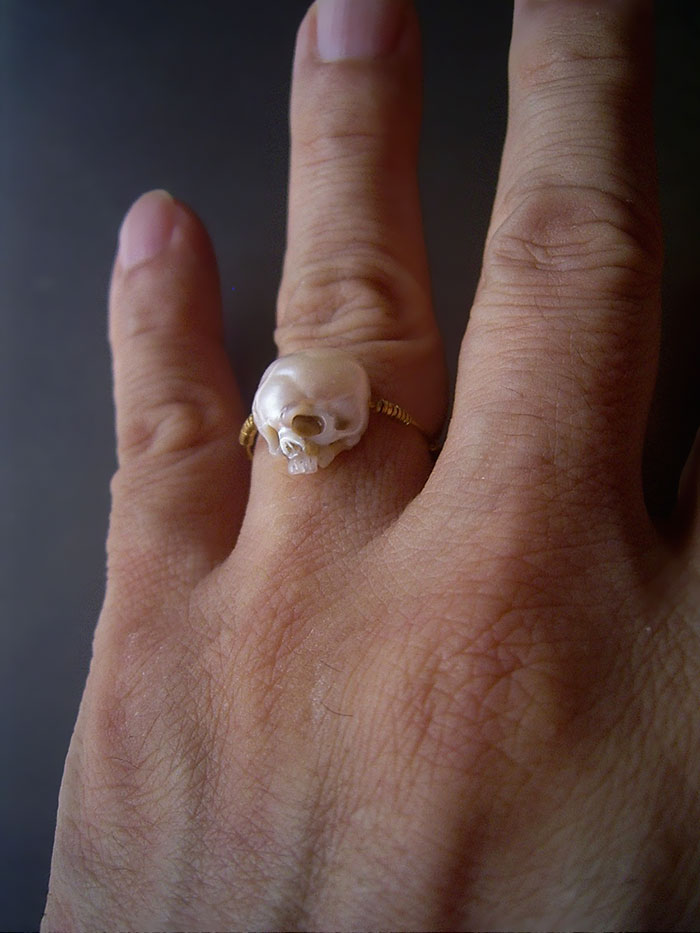 pearls-carved-skulls-shinji-nakaba-2