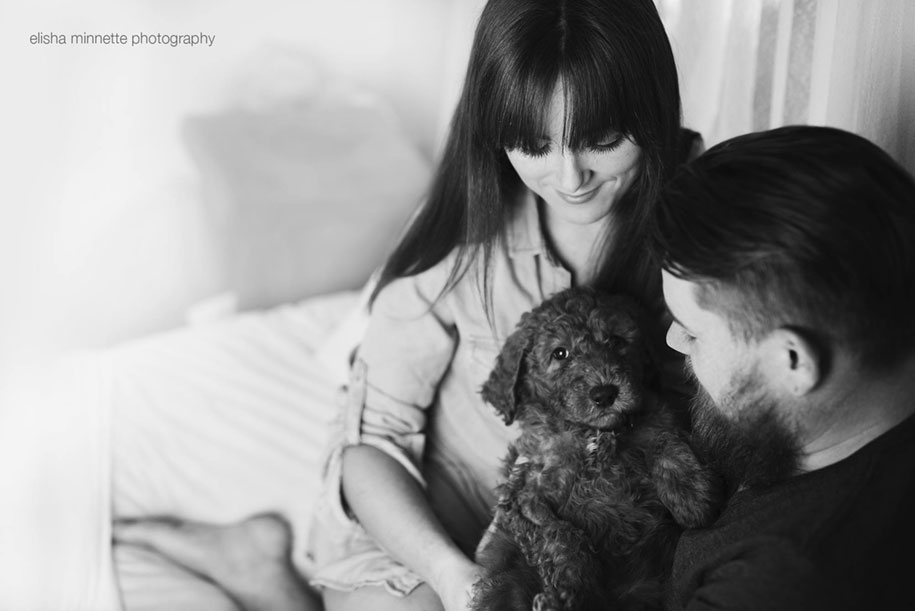 tired-baby-questions-dog-newborn-photoshoot-elisha-minnette-photography-1