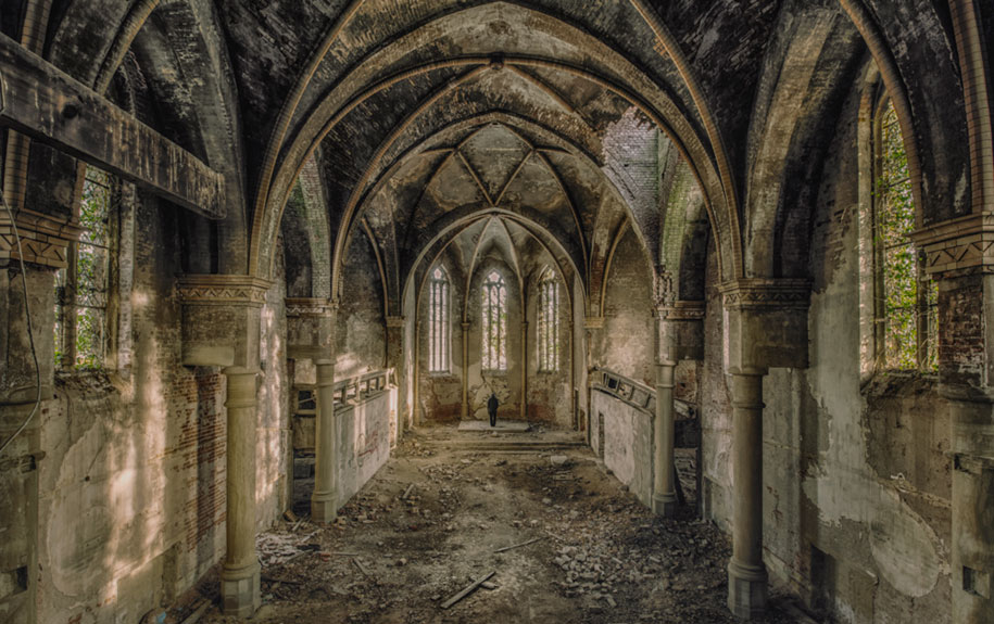 abandoned-decaying-buildings-europe-photography-christian-richter-14