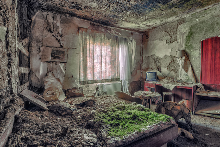 abandoned-decaying-buildings-europe-photography-christian-richter-25